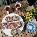 Tea en homemade muffins